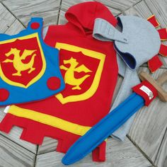 Dragon Knight Costume Gift Set with Fleece Tunic - Super Hero Costume - Halloween Costume - Kid Costume - Kids Ideas Costume Halloween, Kid Costume, Knight Costume, Knight Halloween, Halloween Door, Halloween Items, Sewing For Kids, Diy For Kids, Costume Chevalier