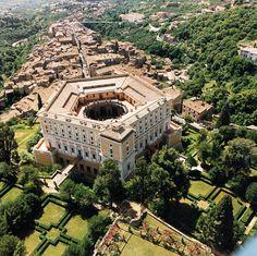 Caprarola and the Villa Farnese, Lazio, Italia Turin, Day Trips From Rome, Italian Villa, Le Palais, Historical Architecture, Italy Travel, Milan, Beautiful Places, Places To Visit