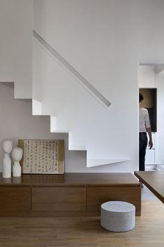 Lake Villa, Interior Staircase, Stairway To Heaven, Apartment Design, Architecture, Stairways, Studio, Gallery, House