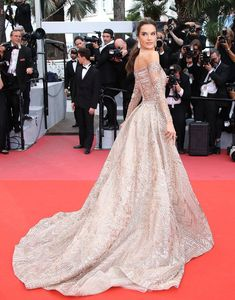 The supermodel donned a stunning fully beaded Zuhair Murad Couture off-the-shoulder gown with diamond drop earrings to the premiere of The Wild Pear Tree. Haute Couture Gowns, Couture Fashion, Evening Dresses, Prom Dresses, Formal Dresses, Short Dresses, Ball Dresses, Beautiful Dresses, Nice Dresses