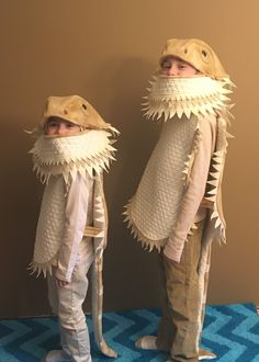 Bearded dragon kids Halloween costumes now in larger sizes too Lizard Costume, Dragon Halloween Costume, Halloween Costumes For Teens, Halloween Ideas, Chic Halloween, Halloween Party, Bearded Dragon Funny, Bearded Dragon Diet, Cute Reptiles