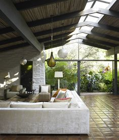 Marmol Radziner Portfolio - Dering Hall > Restoration of Cliff May designed Oakmont House, Sullivan Canyon L.A.