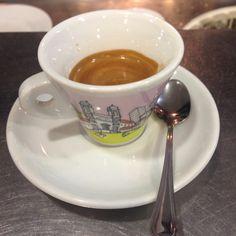 Piazza di Spagna #cup #coffee #rome