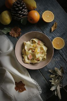 PASTA CON SALMONE E AGRUMI - La merenda di Charlotte Love Food, Food Photography, Eggs, Breakfast, Recipes, Morning Coffee, Egg, Recipies, Ripped Recipes