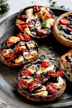 Caprese Stuffed Garlic Butter Portobellos drizzled with a rich balsamic glaze fo. Caprese Stuffed Garlic Butter Portobellos drizzled with a rich balsamic glaze for the classic Caprese flavour! Veggie Dishes, Veggie Recipes, Cooking Recipes, Healthy Recipes, Veggie Bbq, Vegetarian Cooking, Meatless Recipes, Vegetarian Barbecue, Vegetarian Tapas