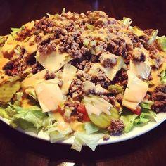 Mc Donalds fehlt Dir? Da hab ich was! Den Big Mac Salat! Er schmeckt identisch zum Big Mac, ist Low Carb und super einfach herzustellen