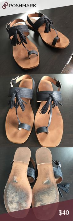 Madewell Leather Sandal Madewell black leather tassel gladiator sandal. New this season. Only worn a couple of times. Great condition. Size 8 Madewell Shoes Sandals