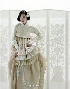 Hanbok Lynn by Kim Min Jeong