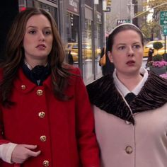 Gossip Girl Scenes, Gossip Girl Quotes, Blair Waldorf Outfits, Gossip Girl Fashion, Leighton Meester, Queen B, Pretty Little Liars, Aesthetic Fashion, Memes
