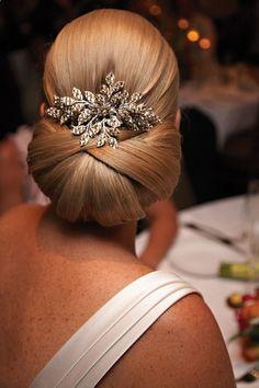 Absolutna klasyka, fryzury ślubne z długich włosów, piękne dodatki, arcydzieło !