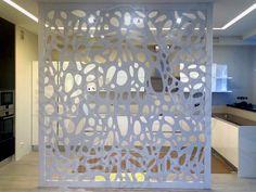 Кверкус - изготовим панели и декоративные перегородки на заказ. Декоративные панели и перегородки чаще всего выполняются по индивидуальному заказу.