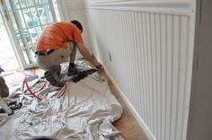 Prodigious Cool Tips: Wainscoting Grey Decor wainscoting corners diy.Wainscoting Basement Board And Batten traditional wainscoting paint colors. How To Install Beadboard, Installing Wainscoting, Beadboard Wainscoting, Dining Room Wainscoting, Wainscoting Nursery, Wainscoting Panels, Wainscoting Ideas, Design Light, Board And Batten