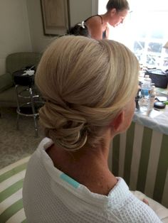 Mob updo by kimberly valosen bridesmaid hair updo elegant, bridal hair updo elegant, chignon Mother Of The Groom Hairstyles, Mom Hairstyles, Best Wedding Hairstyles, Mother Of The Bride Hairstyles, Mother Of The Bride Hair Short, Wedding Hair Mother Of Bride, Hairdos, Bride Hairstyles Short, Stylish Hairstyles
