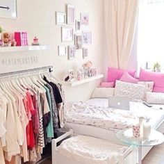 great ideas for decorating girls& rooms - cute quirky bedroom interior ideas students - Uni Bedroom, Bedroom Decor, Quirky Bedroom, Bedroom Ideas, Dorm Room, Bedroom Inspiration, Master Bedroom, Bedroom Simple, Feminine Bedroom