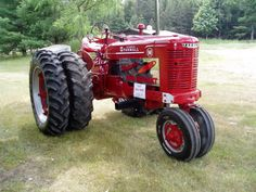 Farmall M with duels