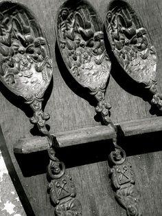Gray | Grey | Gris | グレー | Grigio | серый | Gurē | Colour | Texture | Pattern | Style | Design | Composition | antique spoons...