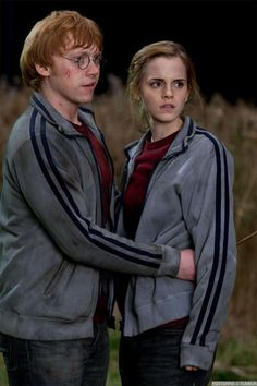 My favorite couple ever. I so love Ron and Hermione.