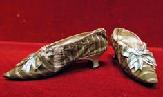 Shoes that were given to Marie Antoinette by Alexandre-Bernard Ju-Des-Rets in 1775