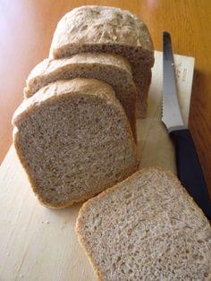 「全粒粉100%食パン」ビタミン・ミネラル・食物繊維が豊富な全粒粉を100%使用した、我が家の朝には欠かせない食事パン。1.5斤で焼くのがおすすめです!【楽天レシピ】 Bread Maker Recipes, Diet Recipes, Cooking Recipes, 100 Whole Wheat Bread, Japanese Bread, Cooking Bread, Steamed Buns, Bread N Butter, Baked Goods