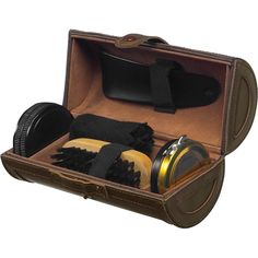 Shoe polish set in deluxe case. This includes a shoe horn, brush, shoe shine, neutral shoe polish and a cloth.This is perfect for Keep Shoes, Clean Shoes, Promotional Giveaways, Shoe Horn, Shoe Polish, Branded Gifts, Cleaning Kit, Corporate Gifts, Brushes