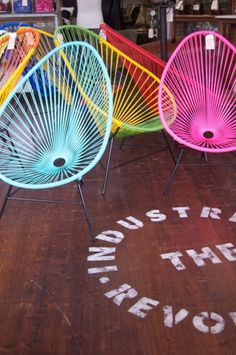 need one of these acapulco chairs in my life!