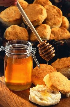 Super Foods for Relief of Flu, Cold, Illness, and Pain: Health Benefits of Honey