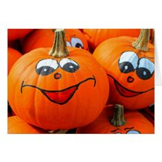 It's Halloween time! We've a host of spooktacular ideas and fun creepy things for you to do in our spookiest ever Mykidstime Guide to Halloween Fun Ideas! Films D' Halloween, Photo Halloween, Halloween Facts, Healthy Halloween, Halloween Images, Halloween Crafts For Kids, Diy Halloween Decorations, Halloween Pumpkins, Happy Halloween