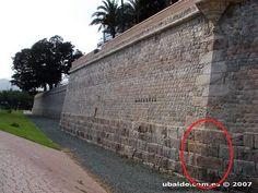 Aquí podemos observar la muralla romana en Cartagena