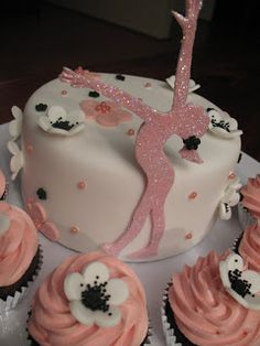 Sandy's Cakes: Gymnastics Girl