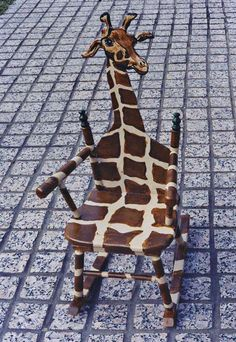 giraffe rocker.. This would be so presh in a jungle themed reading center
