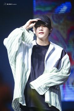Taehyung, the best man of the world ♡ Taehyung Gucci, Taehyung 2017, Seokjin, Hoseok, Namjoon, Daegu, Cypher Pt 4, Kpop, Bulletproof Boy Scouts