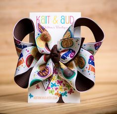 Cookie Time Bow Brown by kaitandaud on Etsy Brownie Girl Scouts, Girl Scout Cookies, Daisy Girl Scouts, Boy Scouts, Girl Scout Bridging, Girl Scout Activities, Girl Scout Swap, Girl Scout Crafts, Diy Gifts