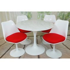 Mod Made Round Lily White Natural Marble 5-piece Dining Set (Red), Size 5-Piece Sets