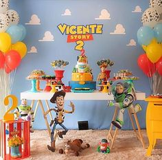 The information below will teach you how to bring home the best toys and get them at a great price. Fête Toy Story, Toy Story Baby, Toy Story Theme, Toy Story Cakes, Toy Story Birthday Cake, 2nd Birthday Party Themes, 4th Birthday, Birthday Ideas, Festa Toy Store