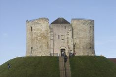 Photo of Clifford's Tower