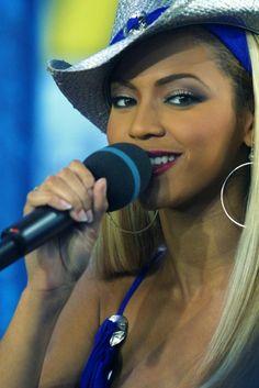 Beautiful Black Girl, Beautiful Women, Divas, Beyonce Photoshoot, Queen Bee Beyonce, Beyonce Beyhive, Beyonce Quotes, Savage, Beyonce Style