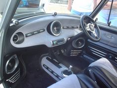 classic mini custom dash