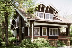 Bungalow, 517 East Center Street :: College of Architecture + Planning Craftsman Exterior, Craftsman Style Homes, Craftsman Bungalows, Craftsman Houses, Cozy Cottage, Cottage Style, Architecture Plan, Architecture Details, Bungalow Homes