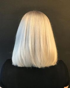 87 unique ombre hair color ideas to rock in 2018 - Hairstyles Trends Ice Blonde Hair, Blonde Hair Looks, Brown Blonde Hair, Hair Inspo, Hair Inspiration, Twisted Hair, Pretty Hairstyles, Easy Hairstyle, School Hairstyles