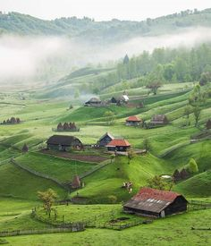 Piece of heaven-Countryside in Romania Beautiful Places To Visit, Wonderful Places, Beautiful World, Places To Travel, Places To See, Landscape Photography, Nature Photography, Travel Photography, Romania Travel