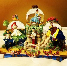 Disney Fairytales Princesses Musical Snowglobe with my three faves! Old Disney, Disney Dolls, Disney Love, Disney Music Box, Disney Figurines, Disney Statues, Disney Snowglobes, Disney Ornaments, Princess Pictures