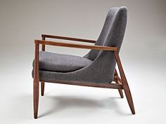 Vote for Aaron by American Leather in Interior Design's Best of Year Awards! #boy2014 https://boyawards.interiordesign.net/voting/product/aaron
