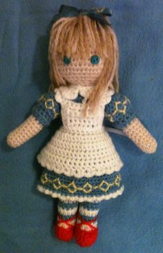 """Amigurumi Alice from """"Alice in the Country of Hearts"""""""