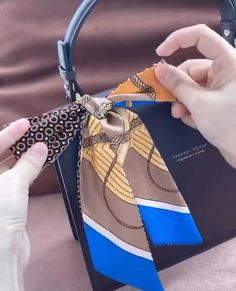 Scarf On Bag, Lv Scarf, Scarf Knots, Chanel Tote Bag, Prada Bag, Diy Leather Wallet Pattern, Celebrity Fashion Outfits, Fashion Tips, Fashion Hacks