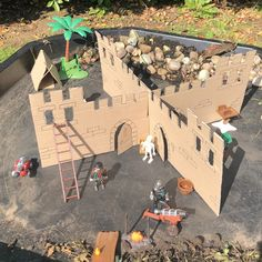 Making castles and castle small world play in the tuff tray. 40 Tuff Tray Play Ideas – Lottie Makes Recycle Cardboard Box, Cardboard Box Crafts, Cardboard Play, Eyfs Activities, Activities For Kids, Crafts For Kids, Library Activities, Activity Ideas, Knights And Castles Topic