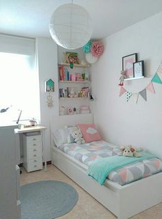stylish, dorm room ideas and decor essentials for girls 29 - Girl room - Bedroom Decor Small Room Bedroom, Trendy Bedroom, Bedroom Decor, Bedroom Girls, White Bedroom, Bedroom Ideas For Small Rooms For Girls, Modern Bedroom, Bedroom Themes, Minimalist Bedroom