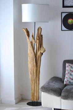 KHOMA - Luminaire sur pied en bois recyclé - Lampadaire bois naturel- Boudoir du Monde