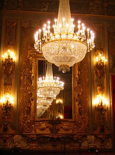 Rome: quirinal palace chandelier ♠ da meels_in_melbourne