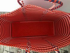 MULTICOLOR MEXICAN BAG ORANGE, WHITE AND NAVY BLUE This is a hand woven Tote, waterproof and hand washable, made from recycled plastic. Hands from Oaxaca Size: 43x34x14cm / 17X13X5.5in (aprox) 100% Handmade CIOLULA, DISEÑO MEXICANO SHIPPING INFO: Standard mail from Italy, for countries