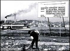 1970 Boğaziçi Köprüsü için ilk kazma vuruluyor